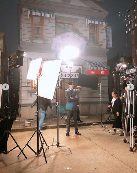 Phim mới của Lee Jong Suk ấn định ngày phát sóng - Ảnh 2.