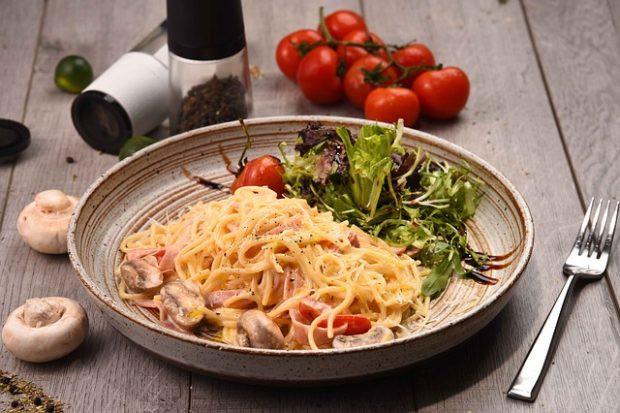 Những món ăn phổ biến vòng quanh thế giới - Ảnh 1.