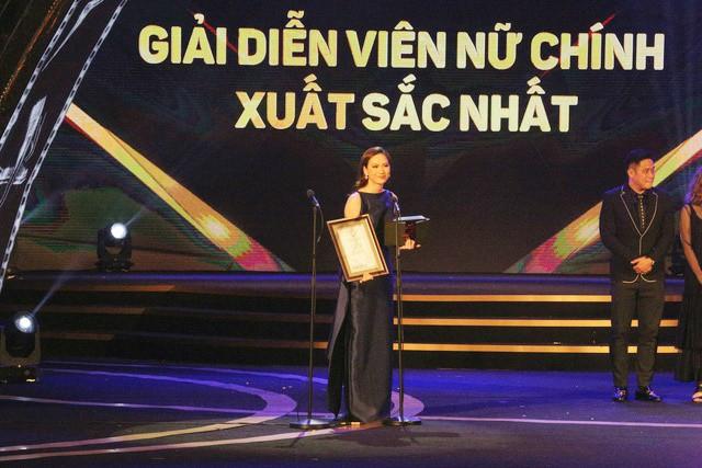 Bế mạc LHP Quốc tế Hà Nội 2018: Phương Anh Đào nhận giải Nữ chính xuất sắc nhất - Ảnh 1.