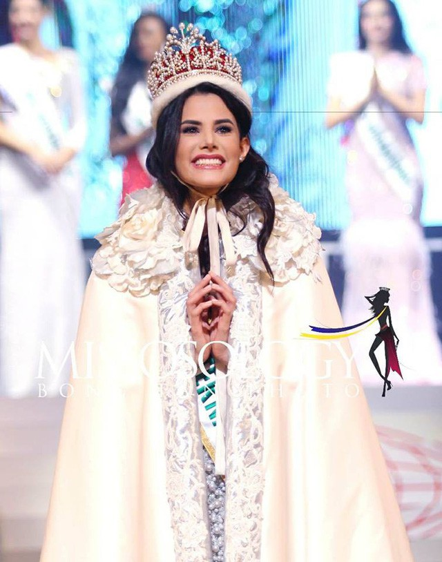 Những hình ảnh đẹp trong đêm Chung kết Hoa hậu Quốc tế 2018 - Ảnh 1.