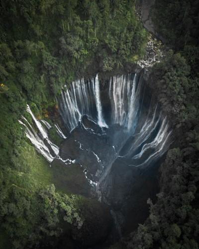 Ngỡ ngàng vẻ hoang sơ, tươi đẹp của các vùng đất châu Á từ trên cao - Ảnh 14.