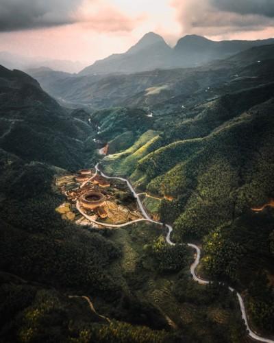 Ngỡ ngàng vẻ hoang sơ, tươi đẹp của các vùng đất châu Á từ trên cao - Ảnh 9.