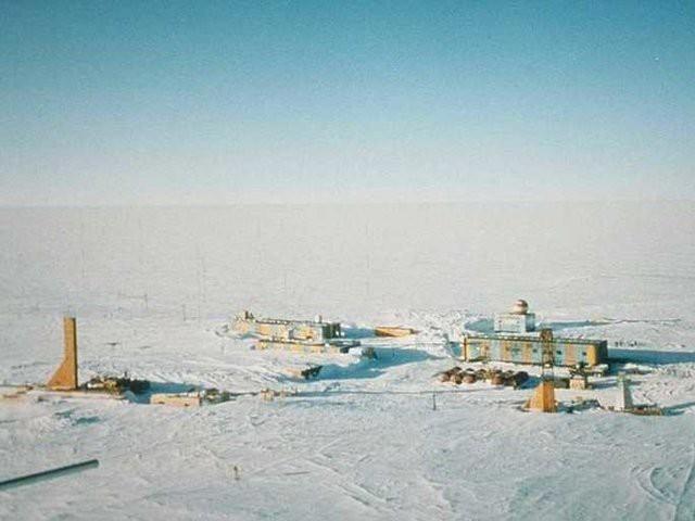 Khám phá 10 địa danh lạnh nhất thế giới - Ảnh 6.