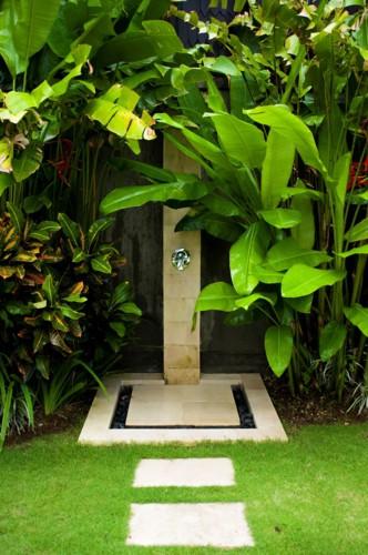 Những mẫu phòng tắm ngoài trời tuyệt đẹp - Ảnh 2.