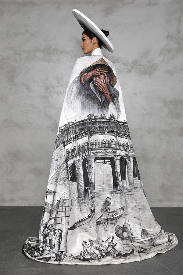 Minh Tú công bố trang phục in hình bà cụ Việt đẹp nhất thế giới - Ảnh 2.