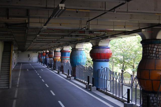 Du khách nhầm tưởng nhà xử lý rác của Nhật là... công viên giải trí - Ảnh 4.