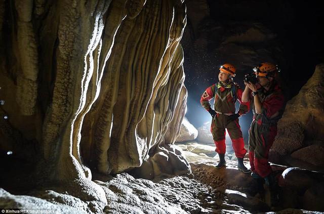 Bên trong hang động có thể chứa vừa... 4 đại kim tự tháp Giza ở Trung Quốc - Ảnh 4.