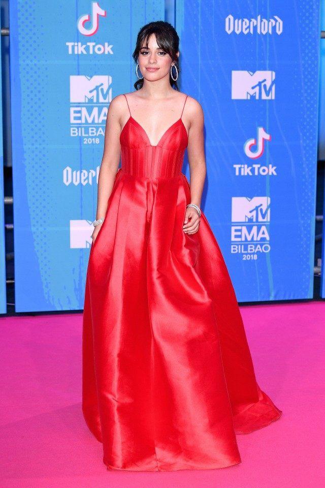 Dàn sao khoe sắc tại thảm đỏ MTV EMAs 2018 - Ảnh 2.
