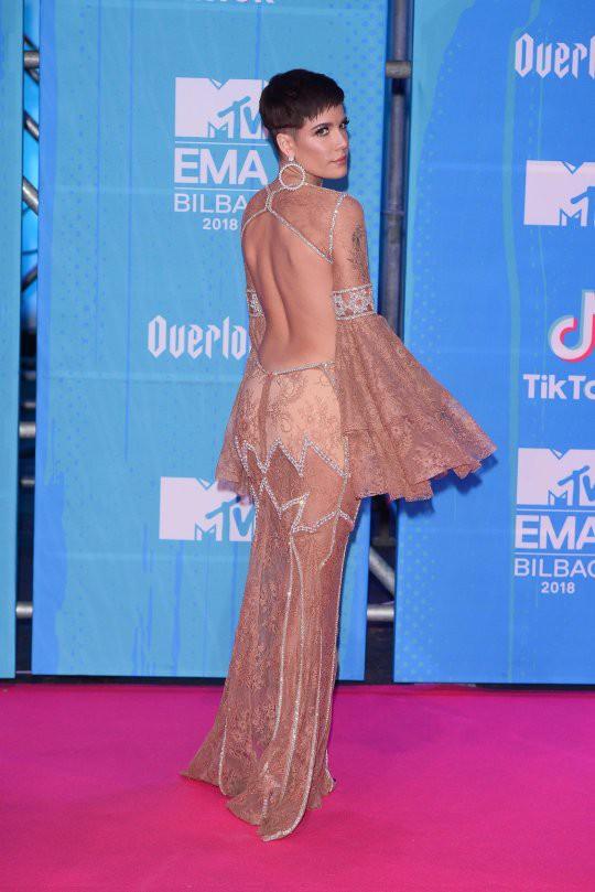 Dàn sao khoe sắc tại thảm đỏ MTV EMAs 2018 - Ảnh 5.