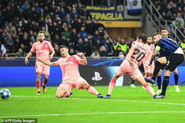 Kết quả UEFA Champions League: Liverpool bất ngờ bại trận, Inter cầm chân Barcelona - Ảnh 2.