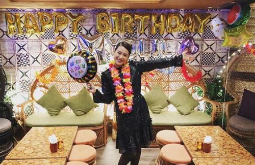 Mừng tuổi 39, Hồ Hạnh Nhi muốn có thêm con - Ảnh 1.