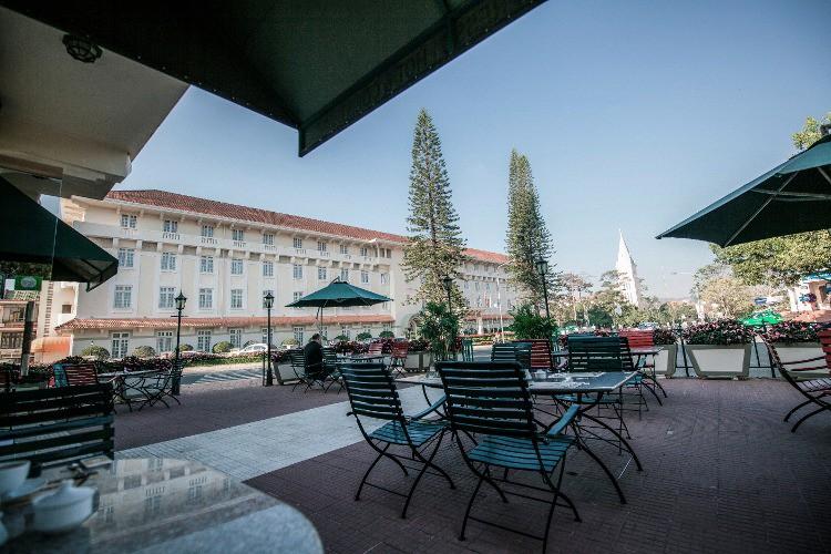 du-parc-hotel-dalat-le-cafe-de-la-poste-4-1-1116579