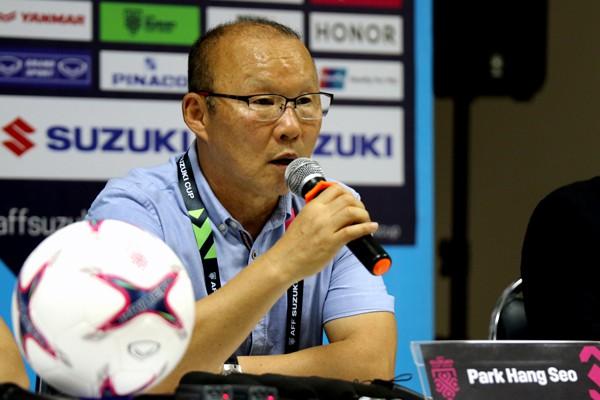 HLV Park Hang-seo hài lòng với 3 điểm đầu tiên tại AFF Suzuki Cup 2018 - Ảnh 1.