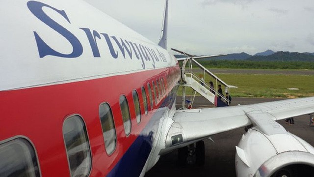 Máy bay hoãn chuyến, hành khách và phi hành đoàn cãi nhau to vì mùi sầu riêng - Ảnh 1.