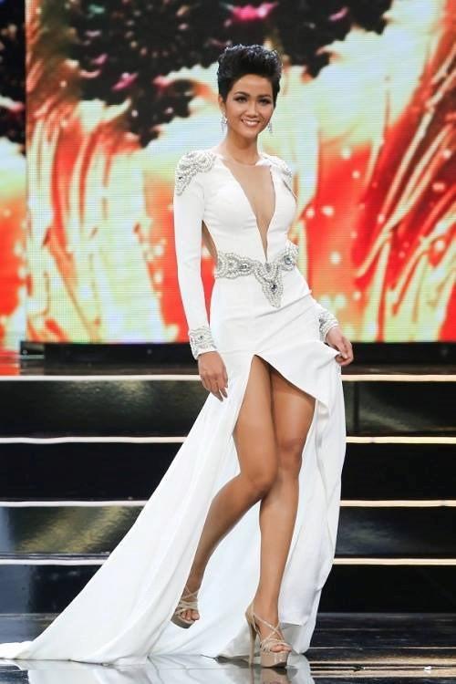 H'Hen Niê và cú lội ngược dòng lên ngôi Hoa hậu Hoàn vũ Việt Nam 2017 - Ảnh 10.