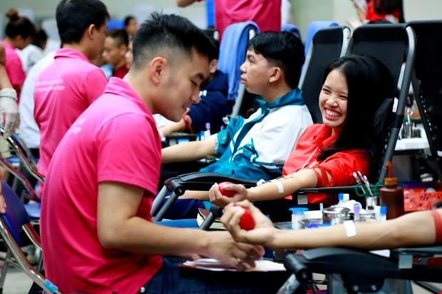Ngày hội hiến máu Trái tim tình nguyện 2018 - Ảnh 2.