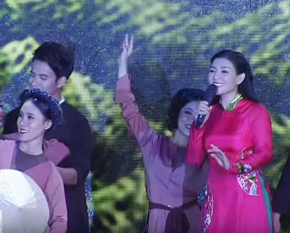 Ca sĩ Bùi Lê Mận: Sao Mai là cuộc thi lớn nhất về thanh nhạc - Ảnh 2.