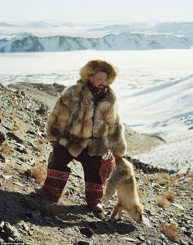 Những bức ảnh mê hoặc về Mông Cổ - Ảnh 1.