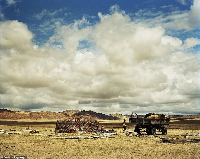 Những bức ảnh mê hoặc về Mông Cổ - Ảnh 11.