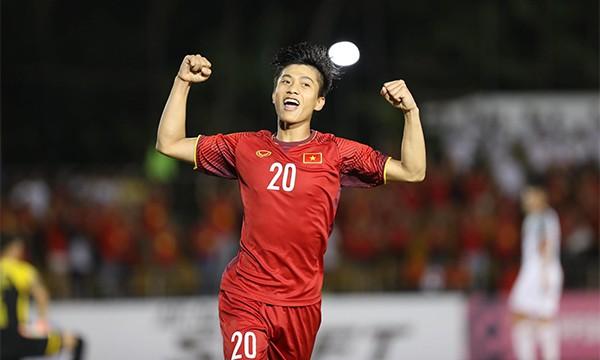 CLB Thái Lan muốn chiêu mộ bộ đôi Anh Đức, Phan Văn Đức của ĐT Việt Nam - Ảnh 1.
