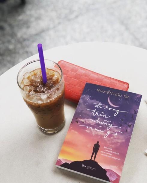 Những cuốn du ký đầy cảm hứng 2018, bạn đã đọc chưa? - Ảnh 2.