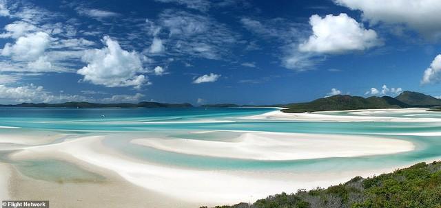 10 bãi biển đẹp nhất thế giới năm 2018 - Ảnh 2.