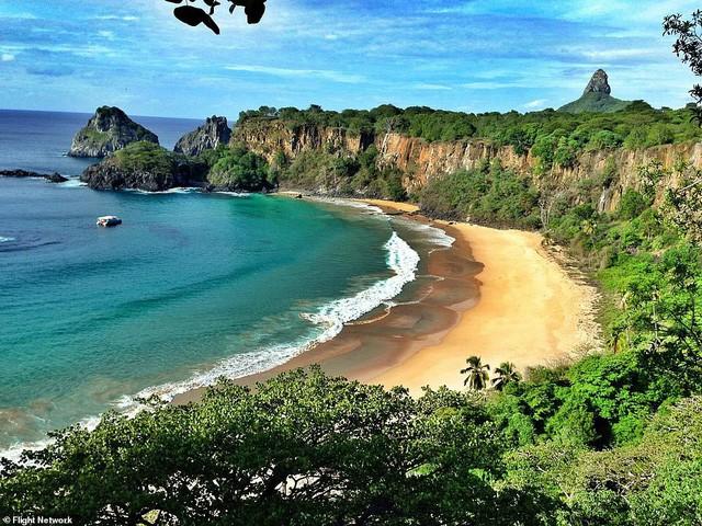 10 bãi biển đẹp nhất thế giới năm 2018 - Ảnh 4.