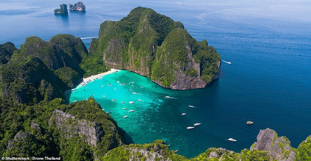 10 bãi biển đẹp nhất thế giới năm 2018 - Ảnh 9.