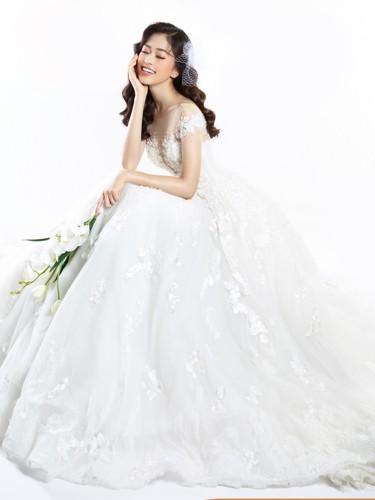 Á hậu Phương Nga hóa cô dâu xinh đẹp, lộng lẫy - Ảnh 2.