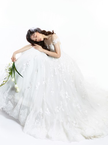 Á hậu Phương Nga hóa cô dâu xinh đẹp, lộng lẫy - Ảnh 3.