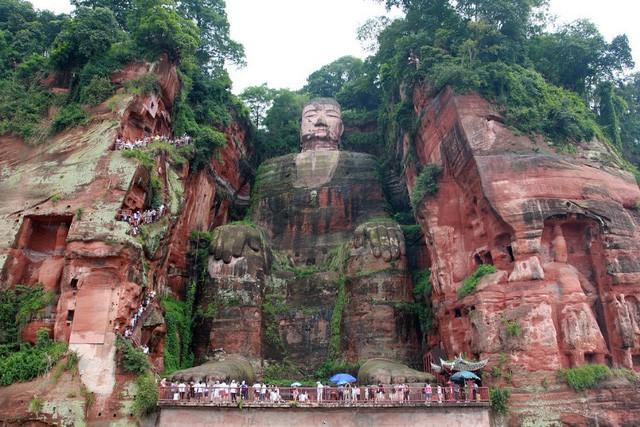 Tương truyền về tượng Phật khổng lồ từng 4 lần rơi lệ - Ảnh 1.
