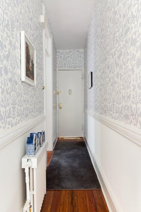 Nhặt nhạnh bí kíp tô điểm không gian sống nhỏ hẹp qua căn hộ ở Brooklyn - Ảnh 14.