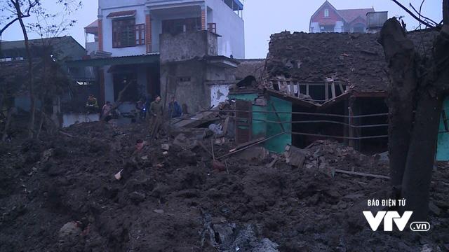 Nổ lớn ở Bắc Ninh: Vẫn chưa hết nguy hiểm, đạn 15.5 cm được phát hiện ở một kho khác - Ảnh 6.