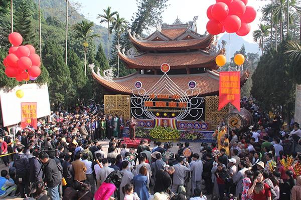 Hà Nội dừng các hoạt động lễ hội, phố đi bộ - Ảnh 1.
