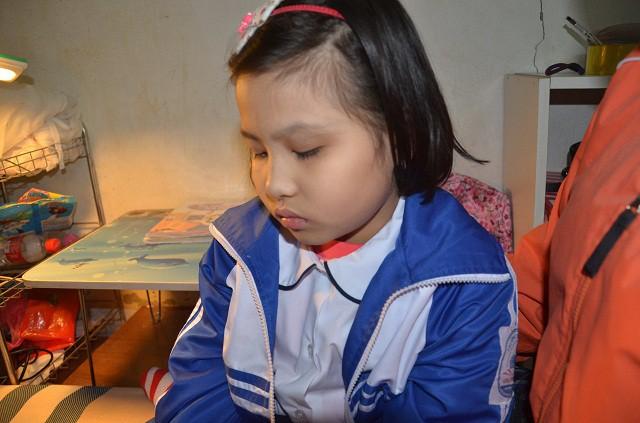 Thương bé gái 9 tuổi hiếu học mắc bệnh ung thư hạch - Ảnh 3.