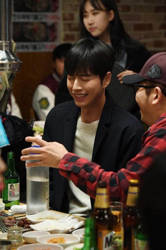 Park Hae Jin tái xuất với Cheese In The Trap bản điện ảnh - Ảnh 4.