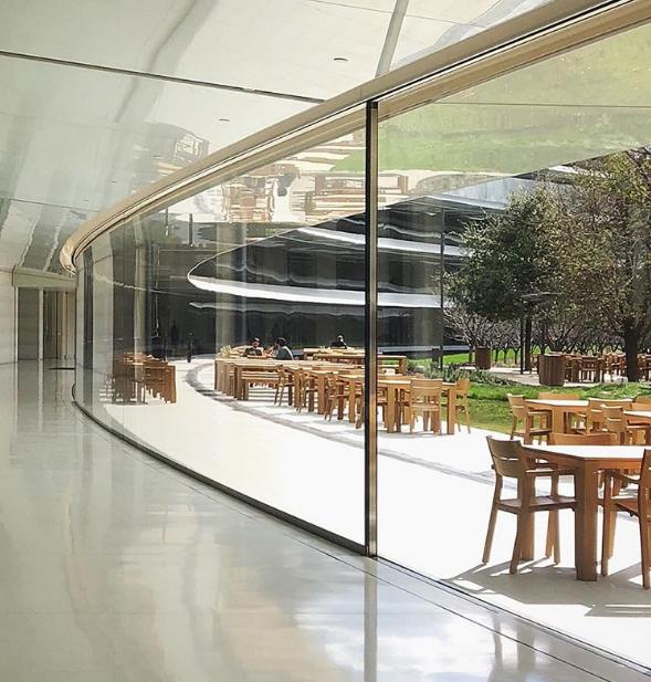 Những hình ành từ bên trong phi thuyền 5 tỷ USD của Apple - ảnh 2