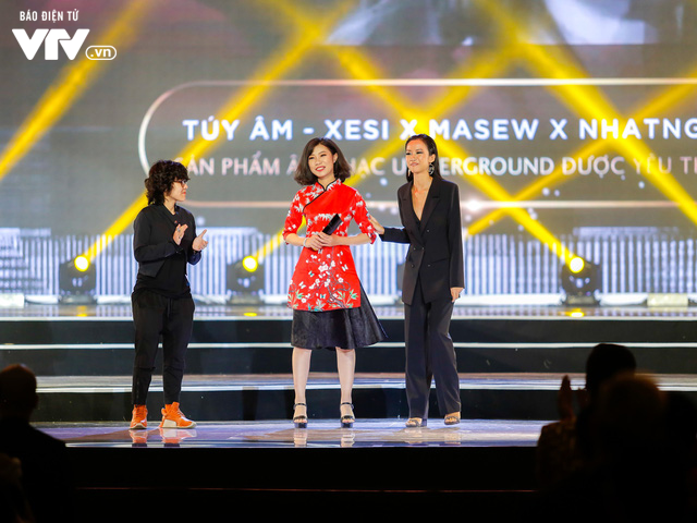 WeChoice Awards 2017: Bố con ông trùm Phan Quân nhận giải Phim truyền hình được yêu thích nhất cho Người phán xử - Ảnh 6.