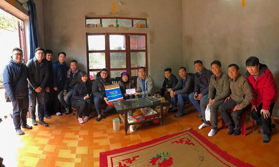Đoàn Thanh niên Ban Khoa giáo thăm và tặng quà Mẹ Việt Nam anh hùng - Ảnh 1.