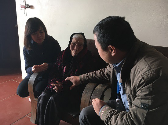 Đoàn Thanh niên Ban Khoa giáo thăm và tặng quà Mẹ Việt Nam anh hùng - Ảnh 5.