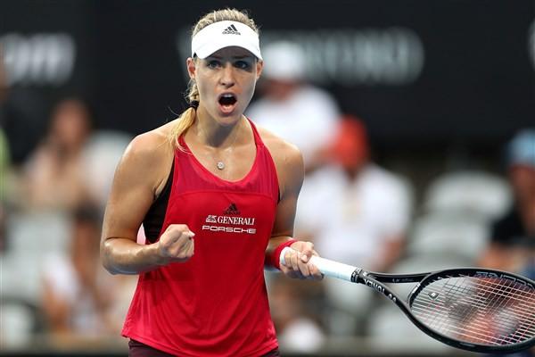 Giải quần vợt Sydney International: De Minaur, Kerber vào chung kết - Ảnh 2.
