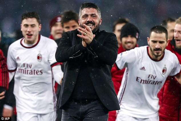 Kết quả bóng đá châu Âu rạng sáng ngày 01/03: AC Milan chiến thắng nghẹt thở, Tottenham đè bẹp đội hạng 3 - Ảnh 1.