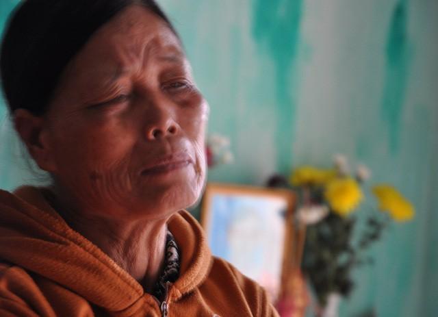 Mẹ chết, bố bỏ đi, bé 8 tháng tuổi ngằn ngặt khóc vì khát sữa - Ảnh 3.