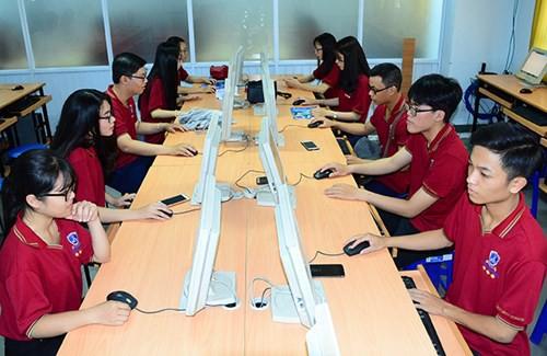 """1.500 học sinh tham dự chung kết cuộc thi """"Chắp cánh ước mơ"""" - Ảnh 1."""