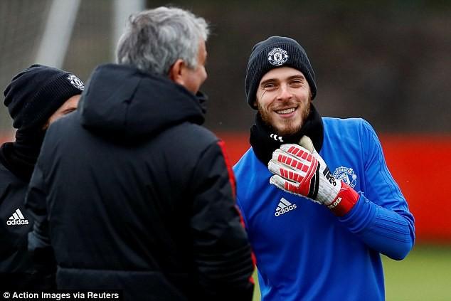 Mourinho lên tiếng khẳng định tương lai của De Gea - Ảnh 1.