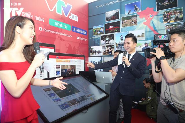 Gian trưng bày của VTV tại Hội Báo toàn quốc 2018 thu hút khán giả với công nghệ thời 4.0 - Ảnh 6.