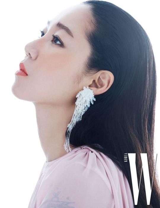 Gong Hyo Jin e ấp quyến rũ trên tạp chí - Ảnh 5.