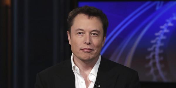 """Elon Musk """"mỉa mai"""" và xoá trang Facebook sau scandal lộ thông tin người dùng - Ảnh 1."""