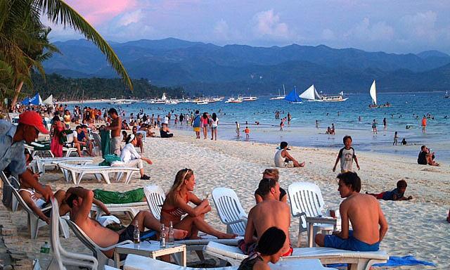 'Thiên đường biển đảo' Boracay có thể đóng cửa từ 26/4 - ảnh 4