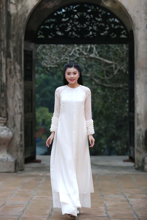Sao mai Nguyễn Thu Hằng làm em gái diễn viên Kiều Anh trong MV mới - Ảnh 6.